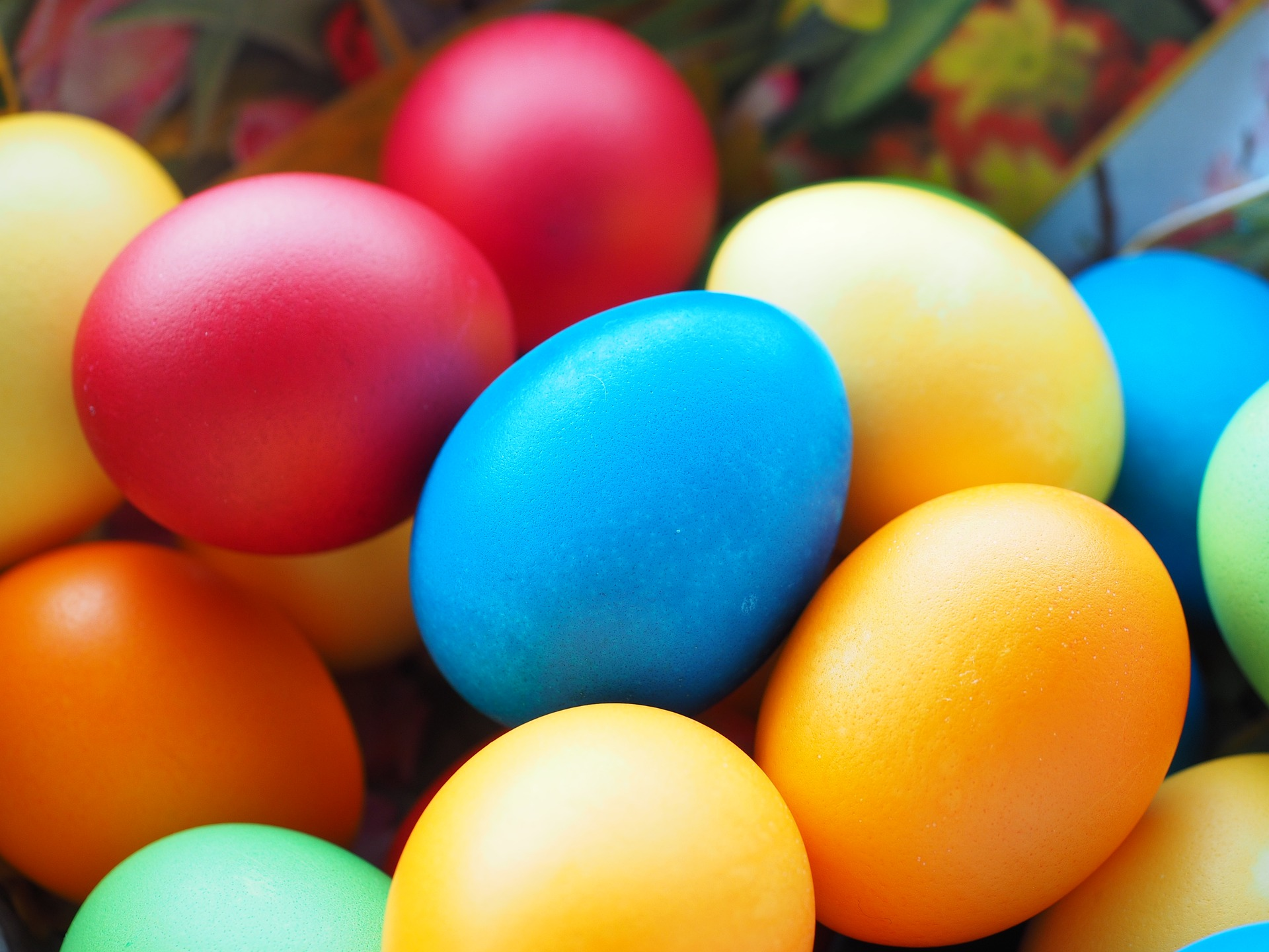 """Easter eggs"" by Hans/Pixabay"