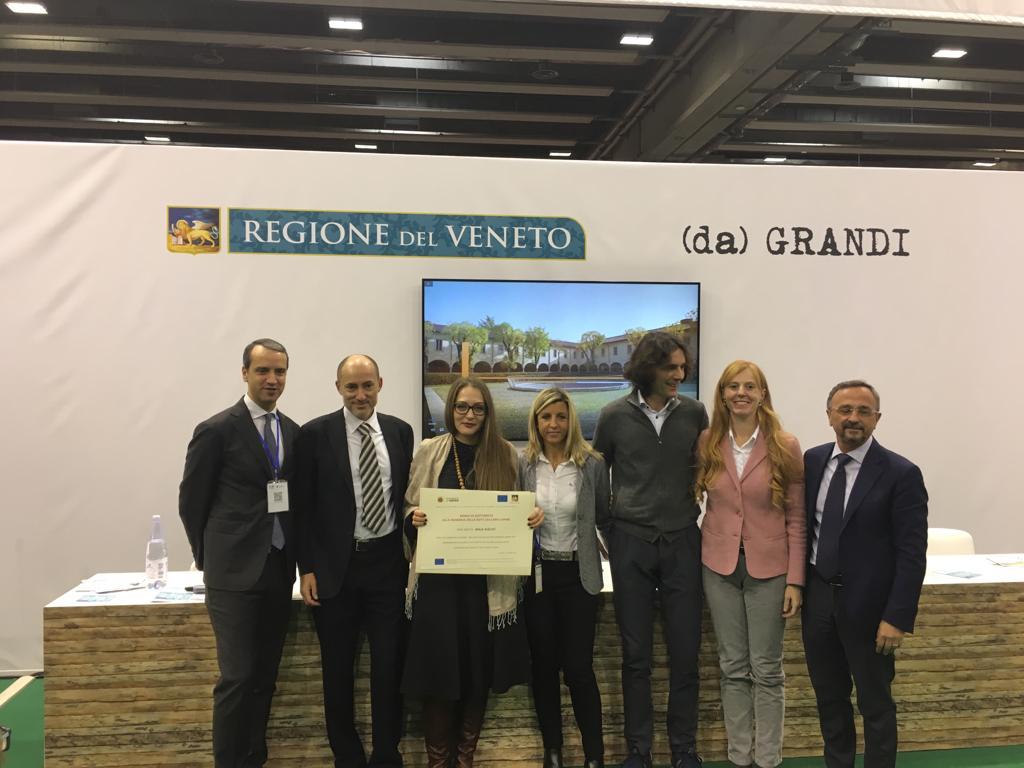 From the left: Prof Stefano Troiano, Dr Santo Romano, Maja Nišević, Neva Lupinc, Fabrizio Korosec e Jasmin Rudez, Prof Mario Pezzotti.